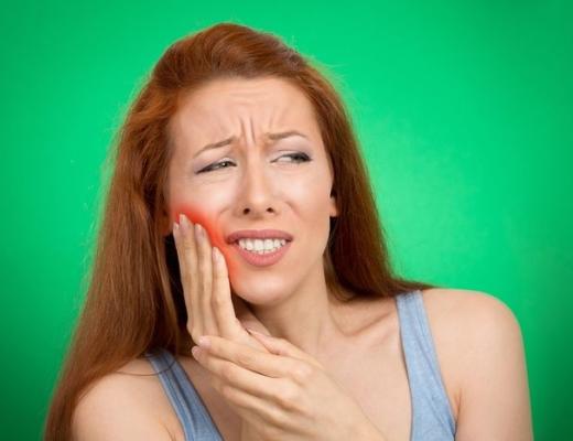 Альвеолит после удаления зуба: симптомы и лечение