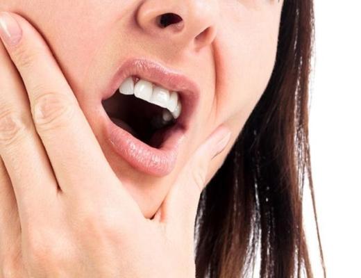 Сколько времени заживает десна после удаления зуба мудрости