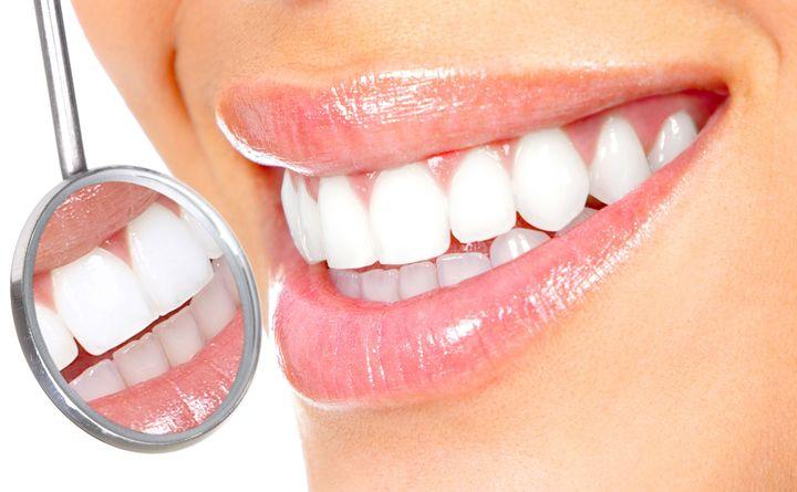 Можно ли поставить виниры, если нет зубов