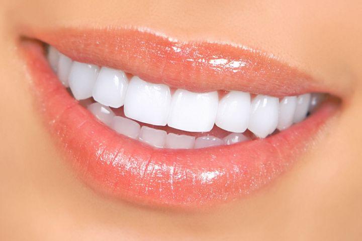 Как фтор влияет на зубы