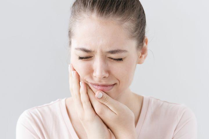 Как заживает десна после удаления зуба мудрости