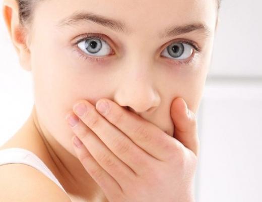 Может ли болеть мертвый зуб
