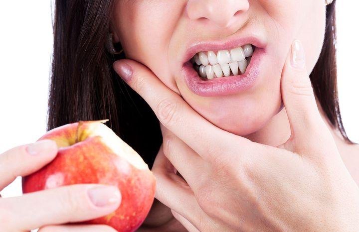Чувствительность зубов к кислой пище